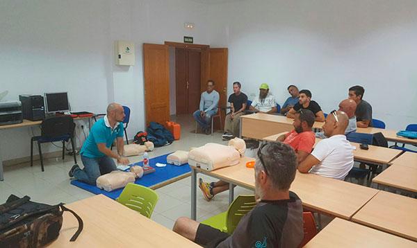 curso_primeros_auxilios_kayak