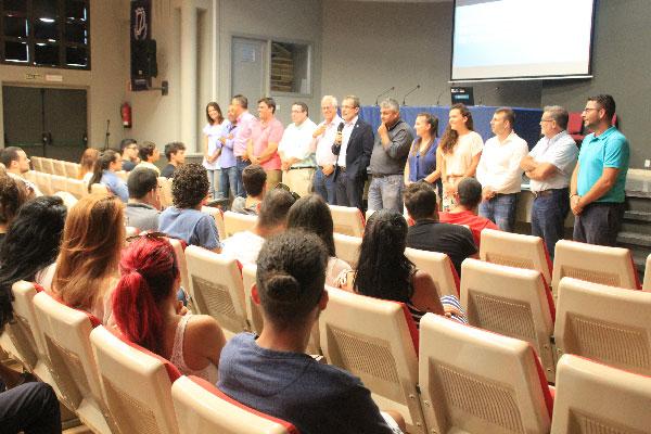 presentacion_becas_practicas_estudiantes2017