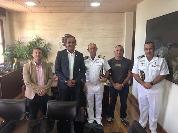visita_almirante_mando_naval