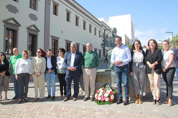 memorial_manuel_velazquez