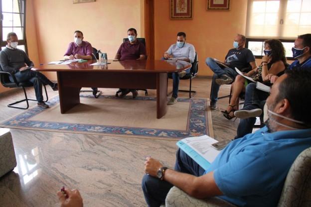 El Cabildo acuerda convenios con los ayuntamientos para el impulso de la actividad deportiva en la Isla