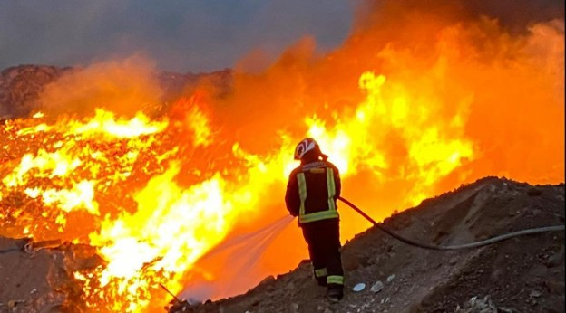 Controlado un incendio en el vertedero del Complejo Ambiental de Zurita